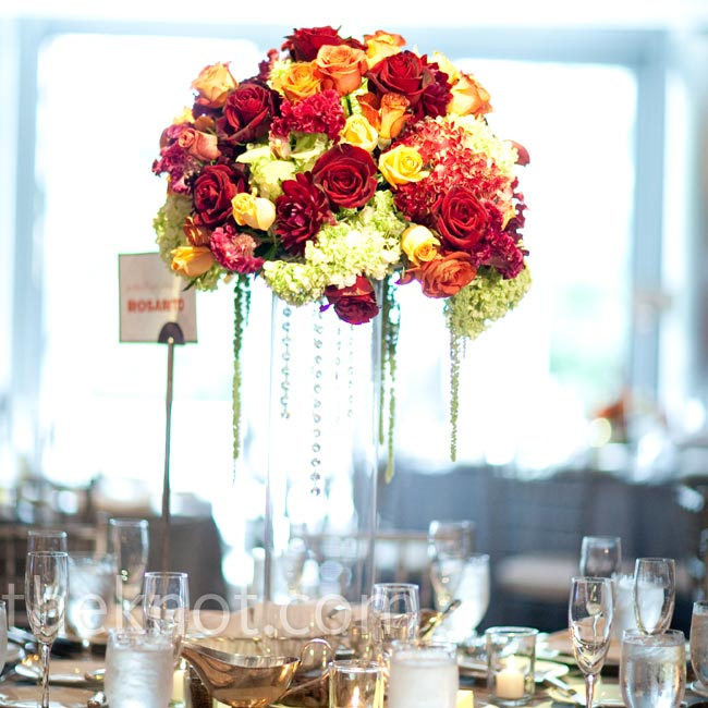 The taller ones included hydrangeas, roses, dahlias and orchids propped atop cylinder vases.