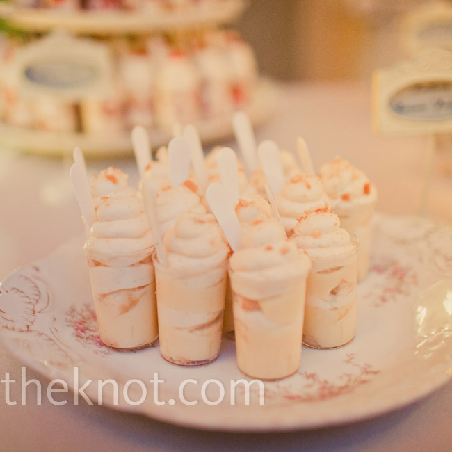 In addition to cake and cupcakes, Dina and Tai served southern shooters of banana pudding and strawberry shortcake.