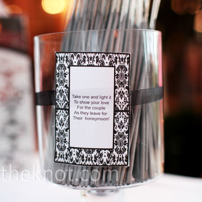 A damask-print card instructed guests to grab a sparkler to light before Kelly and Hugh made their grand exit.