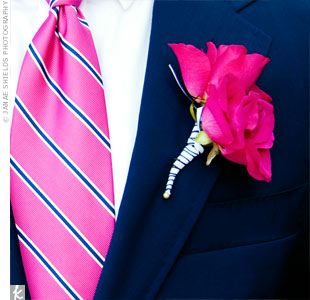 Pats boutonniere of garden roses matched his tie.