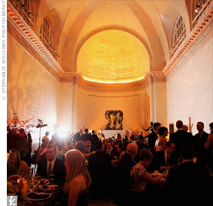 Kristen grew up enamored by the Legion of Honor -- its intimate space surrounded by sculptures was exactly what she and Jeff had in mind for their nuptials.