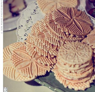 Erica and Patrick served Italian pizzelle cookies to continue their romantic theme throughout the menu.