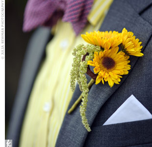 Sunflowers and amaranthus matched Erik's playful shirt and bow tie combo.