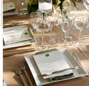 Plain white, square plates were a minimalist touch to the organically styled tables.