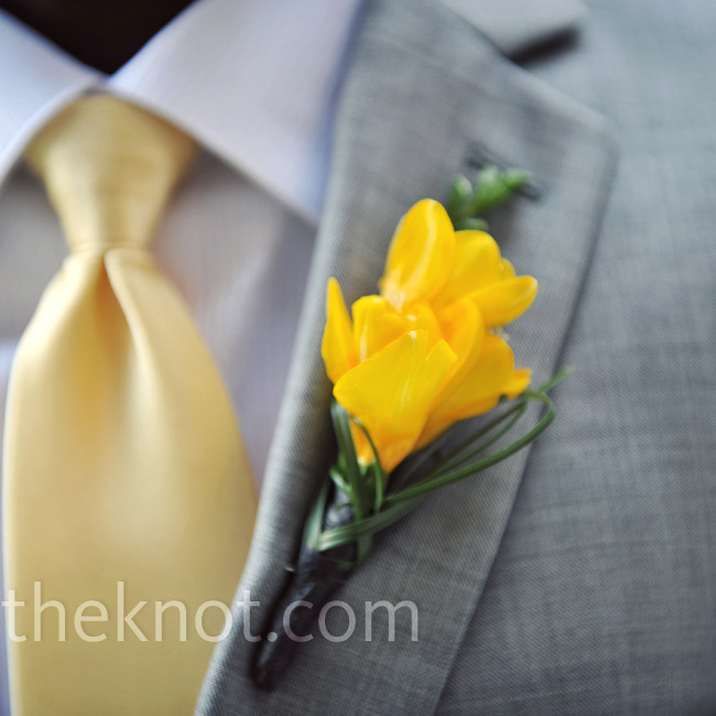 A few sprigs of yellow freesia coordinated nicely with Drew's yellow tie.