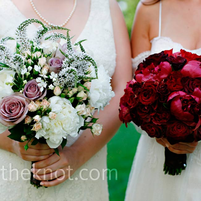 Tory carried a lush and soft bouquet of white peonies and lavender roses, while Monica opted for a romantic one of deep-red peonies and roses.
