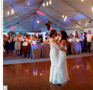 "Monica and Tory chose ""Always"" by Patsy Cline for their first dance."