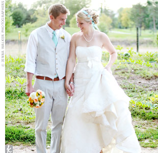 Kristen's strapless, lace A-line gown and blue headband were a gorgeous counterpoint to Chris' crisp gray vest and pants.