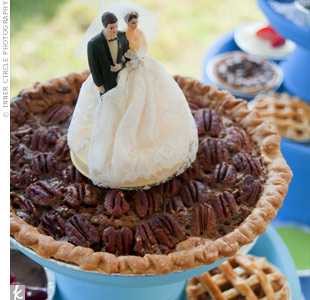 The couple cut into a pecan pie and served mini pies in a variety of flavors.