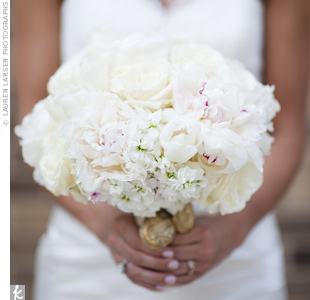 Molly loved that her mostly white bouquet of peonies, roses and ranunculus looked as if the flowers had just been picked from a garden.