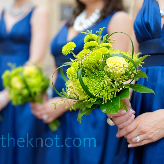 The bridesmaids carried uniquely shaped all-green bouquets of button mums and chrysanthemums.