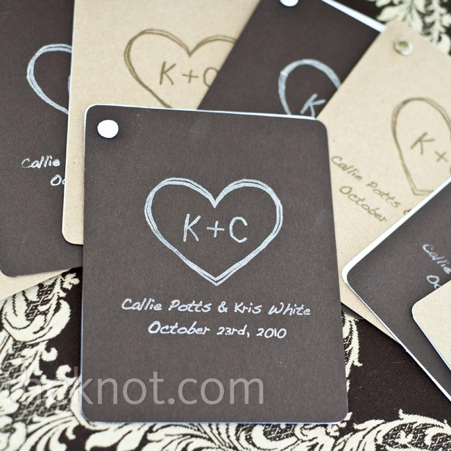 Callie used a custom stamp to decorate the front of the four-page programs. Inside, she included a multiple-choice quiz about the couple's relationship.