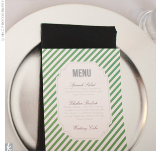 The color of the stripes on the menu indicated to the staff which entrée to serve and enabled the couple to personalize each menu.
