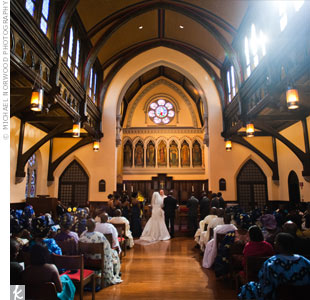To let Trinity Memorial Church's old-world charm take center stage, Bola and Gbolabo added two simple arrangements at the altar.
