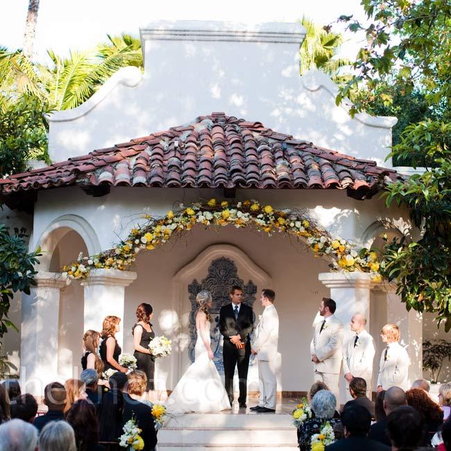 Outdoor Wedding Ceremony: Outdoor Wedding Ceremony
