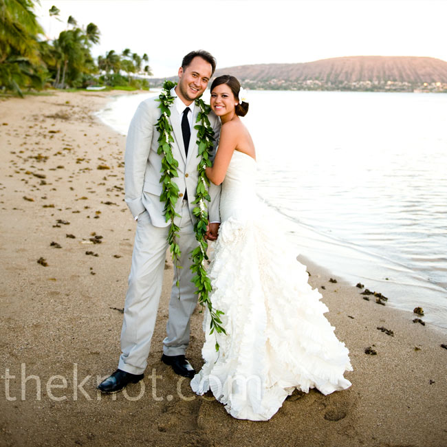 301 moved permanently for Honolulu wedding dress rental