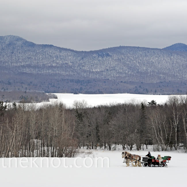 A romantic horse-drawn sleigh made for the perfect wedding entrance and exit for the mountain setting.