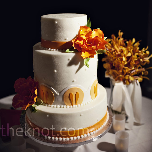 Each of the three tiers had a different flavor: Amaretto, Creamsicle and banana with chocolate.