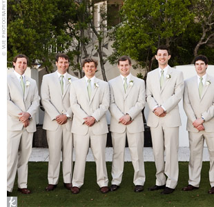 Wright and his seven groomsmen wore poplin suits in pale tan.