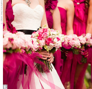 Scarlett gave her florist free rein, saying only that she wanted lots of pink flowers.