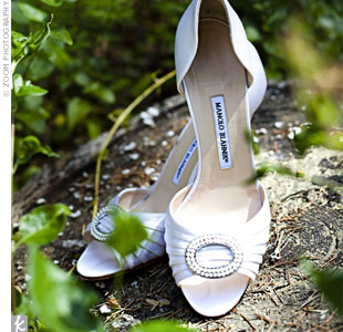 White, pearl-accented pumps went well with Jillian's detailed and elegant dress.