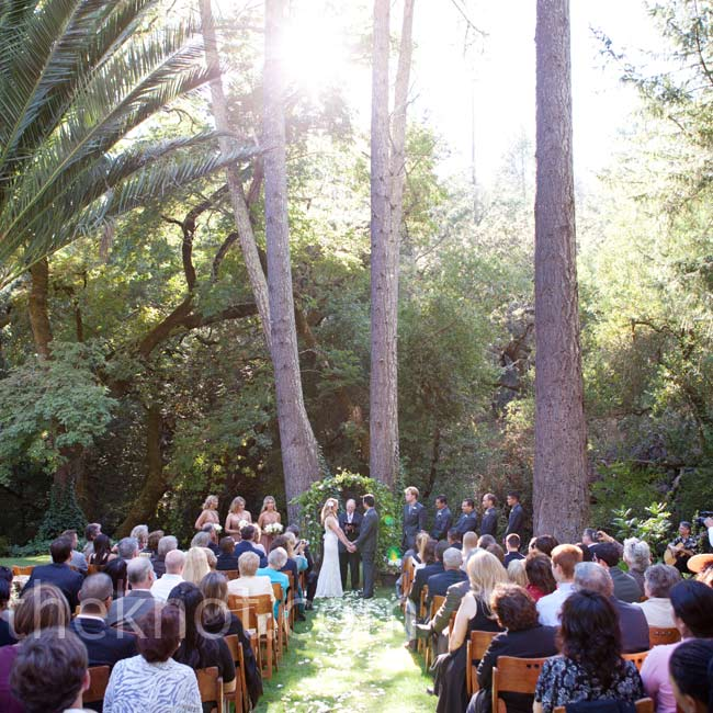 The ceremony took place on the property's lawn, with two redwood trees framing Jenna and Anthony as they said their vows.