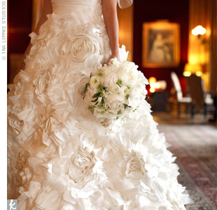 Erin chose a dramatic 