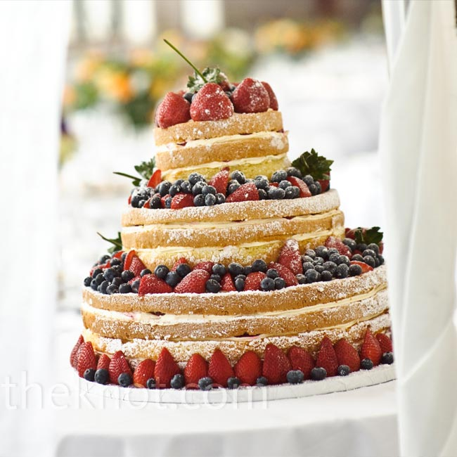 Instead of a traditional cake, Sarit and Gabe served up a summery, unfrosted one with buttercream filling and fresh berries on each tier.