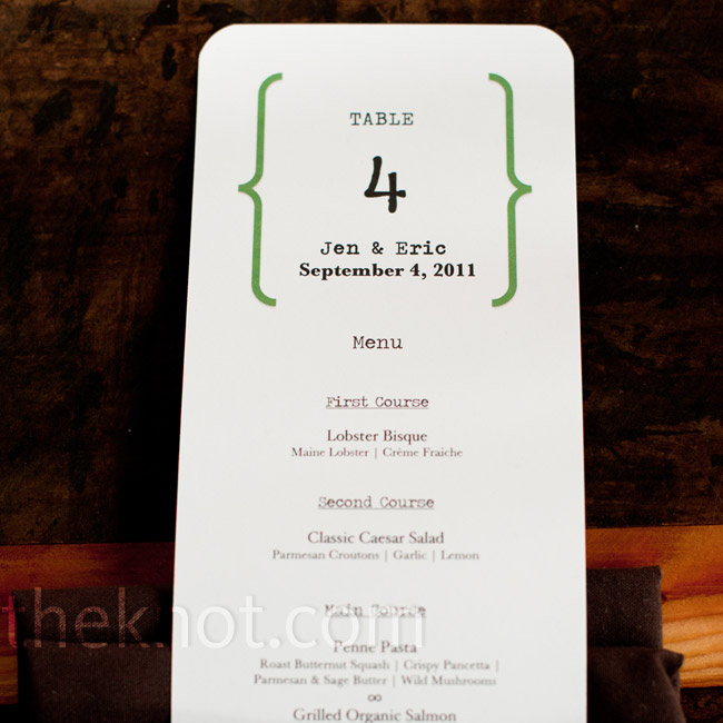 To declutter the reception tables, Jennifer skipped framed table names and printed the numbers 