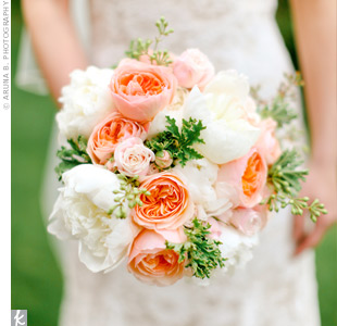 Juliet garden roses and peonies played up the lush garden feel Holly wanted for the couple's springtime nuptials. Seeded eucalyptus and geranium leaves added texture to her bunch.
