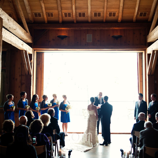 Keeping the barn doors open, the couple let the majestic Rocky Mountains serve as a natural backdrop to their ceremony.