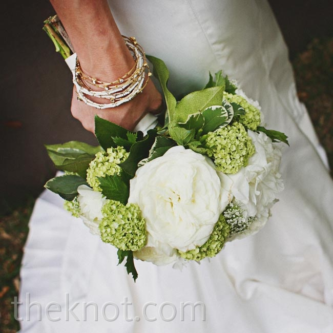 Green hydrangeas and fluffy white peonies gave Katie's bouquet a fresh-from-the-garden look.