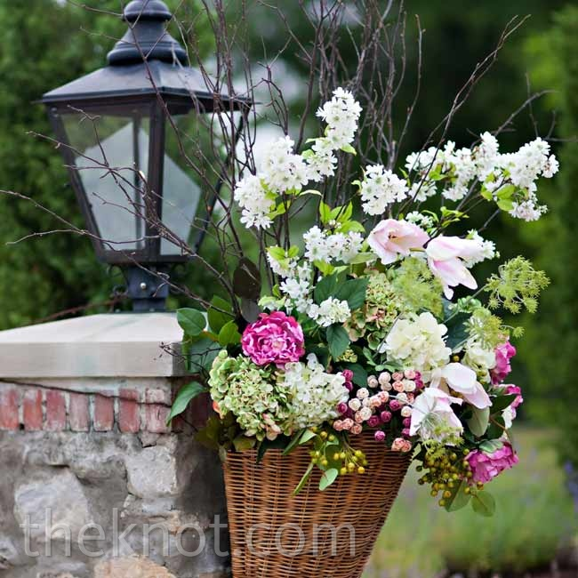 To keep the garden theme consistent, nearly every space was adorned with fresh floral arrangements.