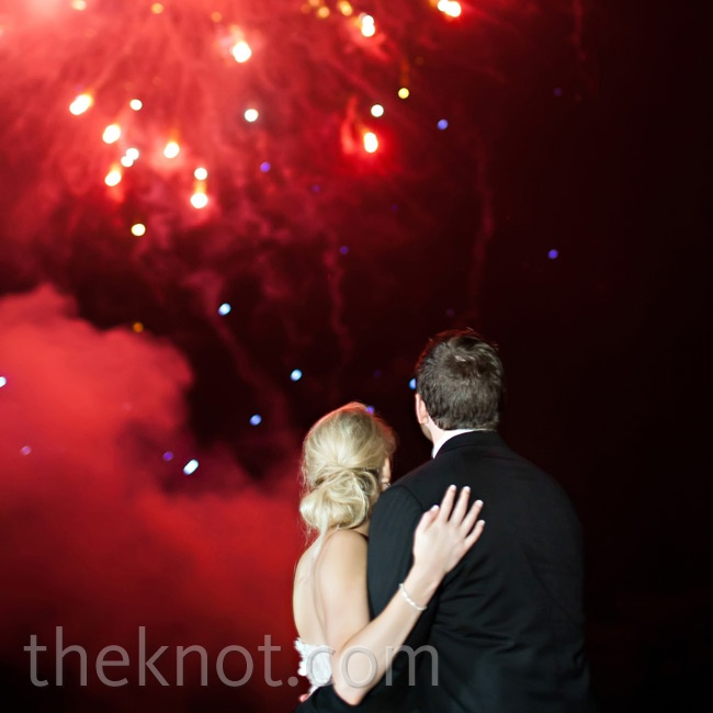 After the last song, guests were ushered to the neighboring lake for a surprise fireworks show-the ideal ending to a fun-filled night.
