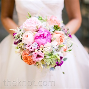 Katie wanted her bouquet to look freshly picked, so she chose bright peonies, roses and other colorful blooms.