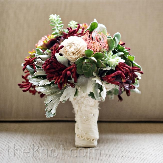 Briana carried a full bouquet of the succulents, dusty miller, pincushion proteas and kangaroo paws.