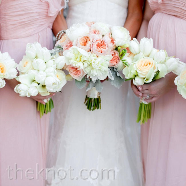 Elisha carried peach garden roses and ivory peonies, while the maids held white tulips.