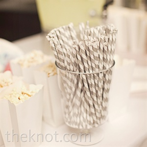Guests were treated to lemonade, iced tea and popcorn before the ceremony.