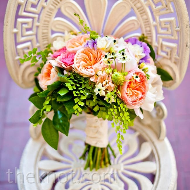 Without any specific flowers in mind, Allison requests a garden-fresh look for her bouquet.