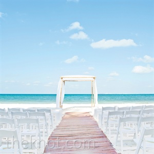 Simple Beach Ceremony Decor