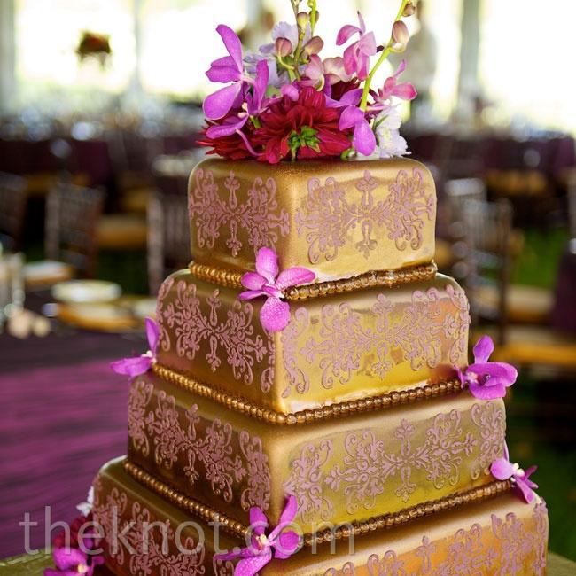 Purple plus Gold equals Elegance - MyWeddingFavors - Wedding Tips ...