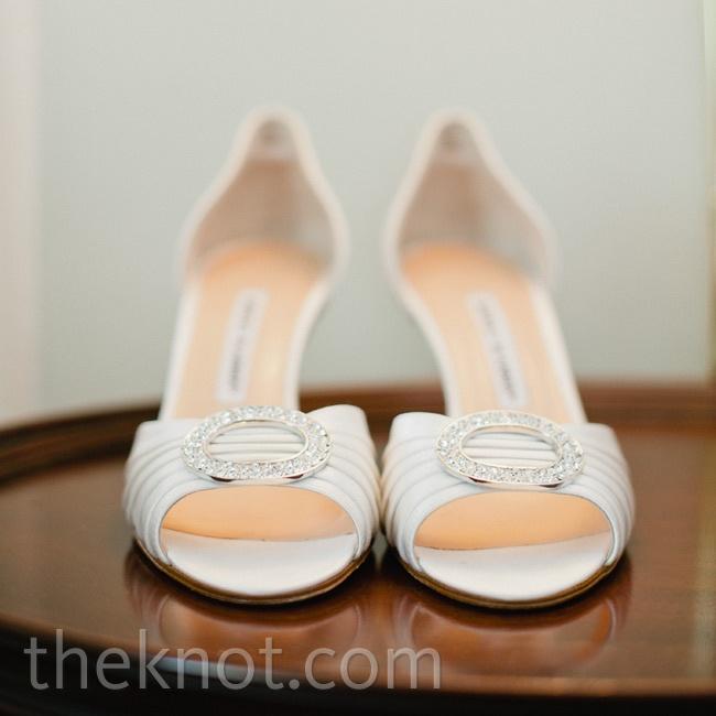 Peep-toe heels complemented Lindsay's elegant bridal look.