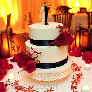 Red Floral Wedding Cake