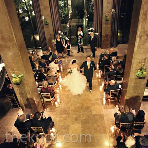 Contemporary Hotel Ceremony