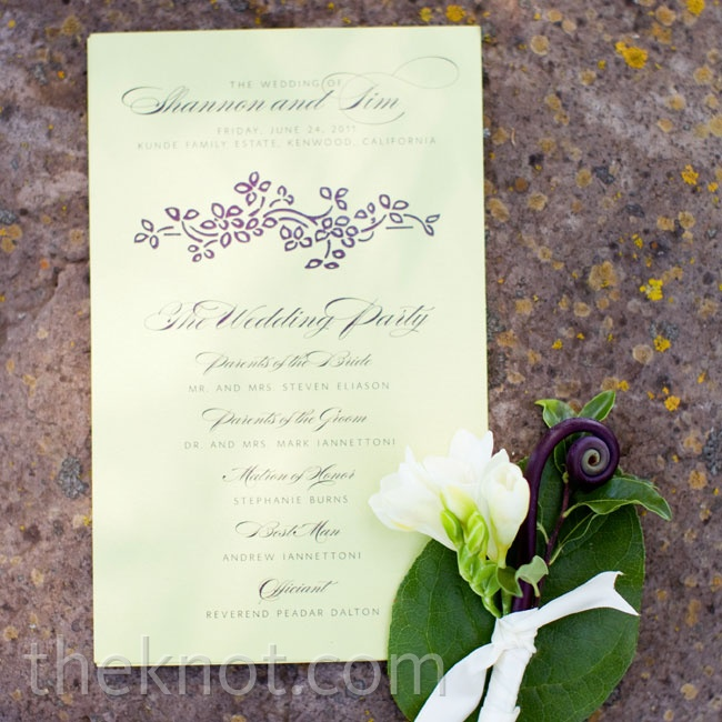 A single-page program paid tribute to the bridal party.