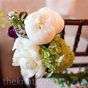 White peonies led the day's floral motif.