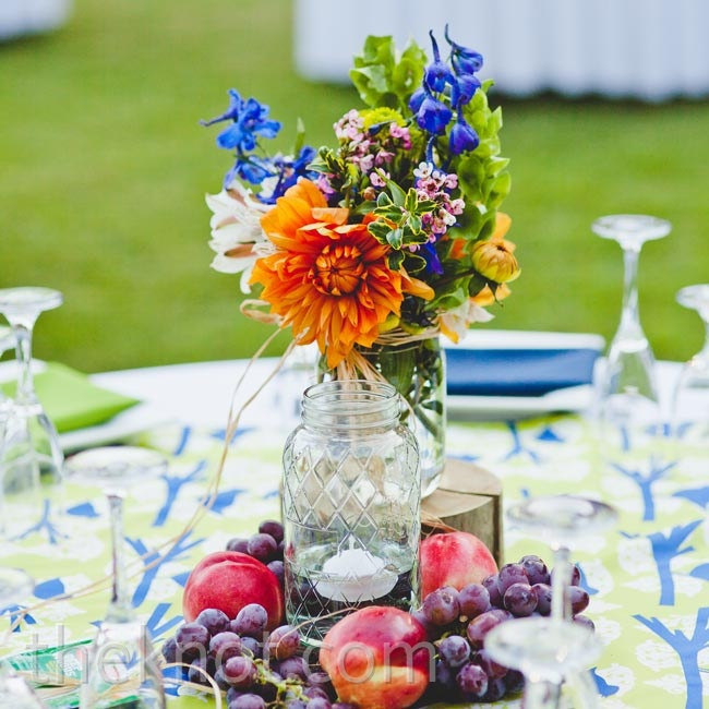 Fresh fruit brought a natural element to the lively tablescapes.