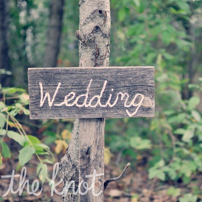 Wooden signs played up the rustic, outdoor locale.