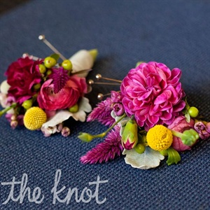 The guys wore bright orange and magenta ranunculus boutonnieres.
