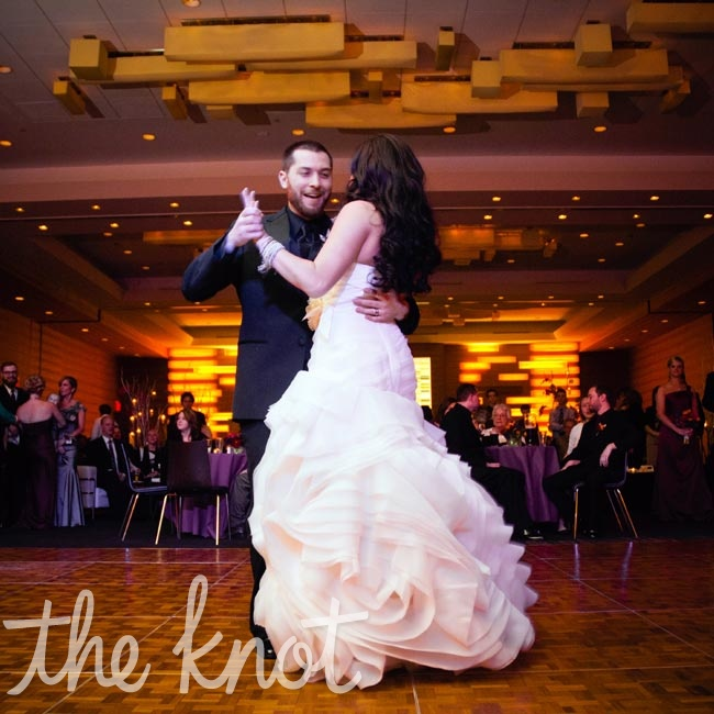 "Since they love the song lyrics, Jessica and Bryan chose ""Feeling Good"" by Michael Buble for their first dance."